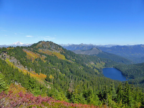 View of Heather Lake from the PCT en route to Grizzly Peak